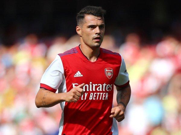 Granit Xhaka akan bertahan di Arsenal