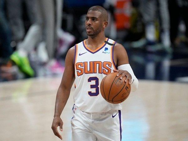 Chris Paul resmi perpanjang kontraknya bersama Phoenix Suns.