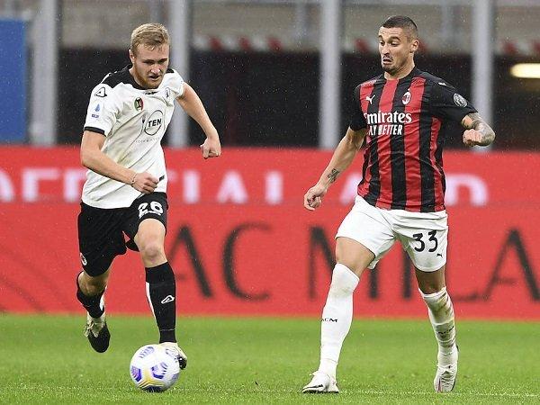 Duo Gelandang Milan Pobega dan Krunic