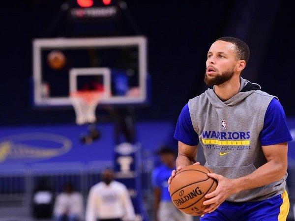 Golden State Warriors sukses berikan kontrak baru pada Stephen Curry.