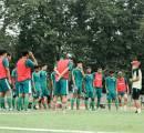 Aji Santoso Fokus Matangkan Taktik Persebaya Surabaya Jelang Liga 1