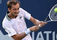 Daniil Medvedev Taklukkan Servis John Isner Demi Final Di Toronto