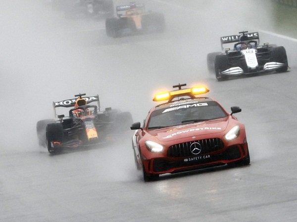 Balapan aneh di GP Belgia buat FIA ingin perbaiki regulasi poin.