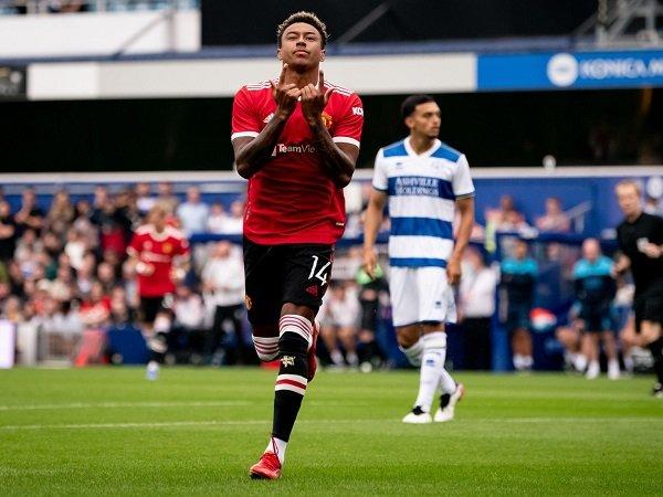 Jesse Lingard bertahan di Manchester United, Gary Neville kevewa