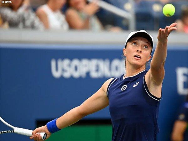 Iga Swiatek dan Petra Kvitova tak sia-siakan banyak waktu di laga pertama US Open 2021