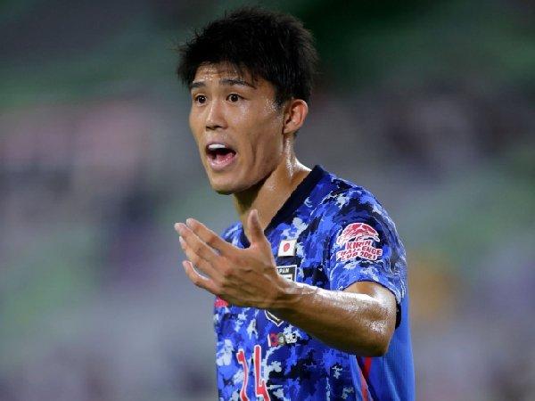Takehiro Tomiyasu merapat ke Arsenal