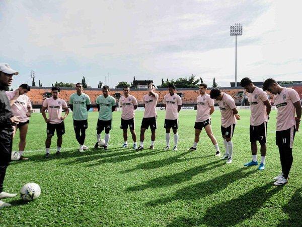 Latihan skuat PSS Sleman jelang Liga 1