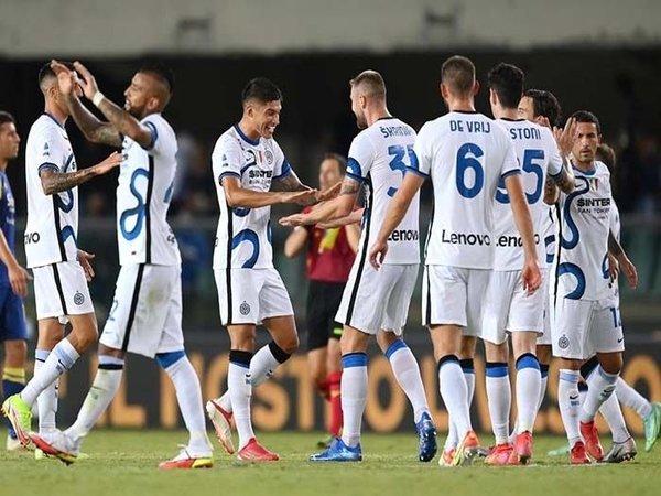 Inter Milan resmi merilis skuat mereka yang akan berlaga di ajang Liga Champions musim ini / via Getty Images