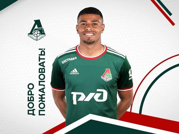 Tino Anjorin (Sumber: Twitter/Lokomotiv Moscow)