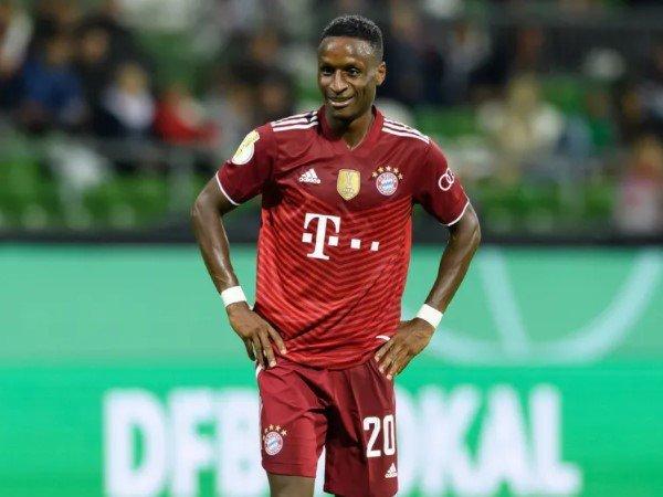 Bayern Munich Berpeluang Kehilangan Bouna Sarr