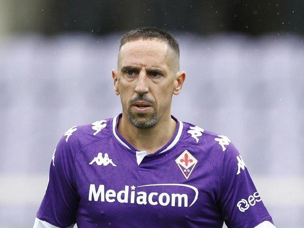 Franck Ribery dirumorkan bakal gabung klub promosi Salernitana.