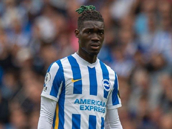 Brighton tidak menerima tawaran resmi untuk Yves Bissouma