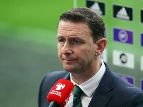 Manajer Irlandia Utara Tantang Para Pemainnya untuk 'Berkompetisi'