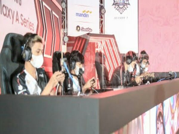 Sikat ONIC Esports, Alter Ego Tanpa Kekalahan di Paruh Musim MPL ID S8