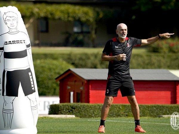 Pelatih Milan Stefano Pioli