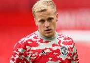 Agen Konfirmasi Donny van de Beek Hampir Gabung Everton