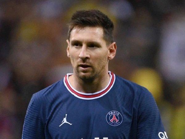 Jorge Valdano bicara soal kepergian Lionel Messi dari Barcelona.