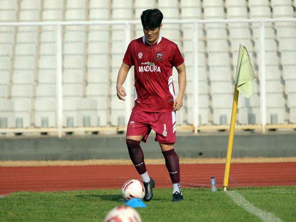 Pemain asing Madura United, Kim Jin-sung