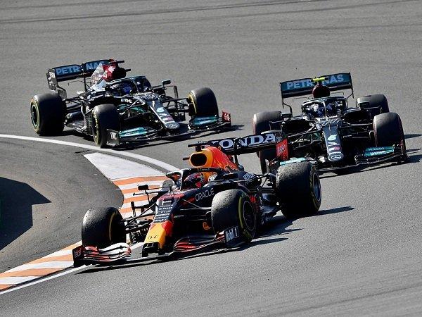Max Verstappen mengaku kemenangan GP Belanda diraih dengan susah payah.