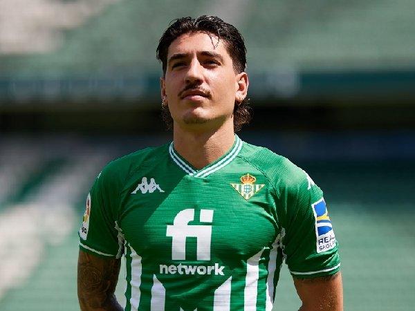 Hector Bellerin dipinjamkan ke Real Betis