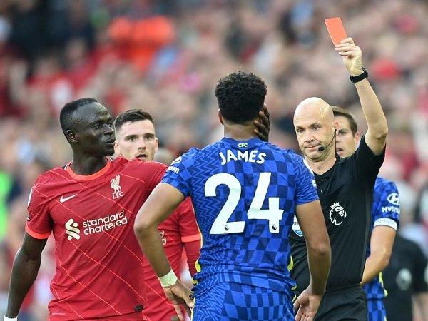 FA denda Chelsea sebanyak 25 ribu poundsterling setelah insiden kartu merah Reece James