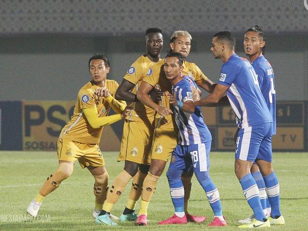 Laga Bhayangkara FC kontra Persiraja Banda Aceh di pekan pertama
