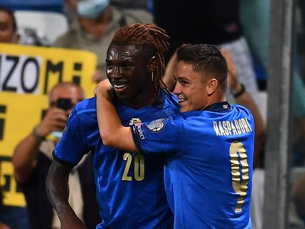 Roberto Mancini akan beri kesempatan lagi kepada Moise Kean dan Giacomo Raspadori.
