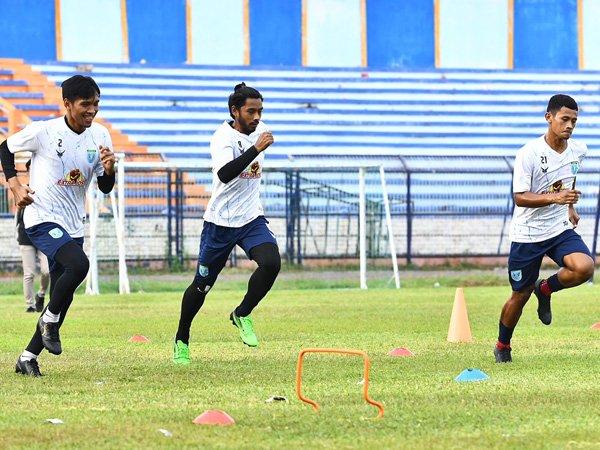 Latihan skuat Persela Lamongan jelang menghadapi Persipura Jayapura