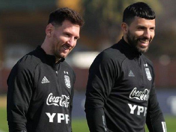 Sergio Aguero saat bersama Lionel Messi. (Images: Getty)