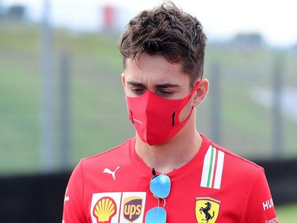 Charles Leclerc akui tak pernah dendam dengan Verstappen atau Hamilton.