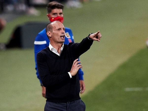 Massimiliano Allegri istirahatkan para pemain asal Amerika Selatan.