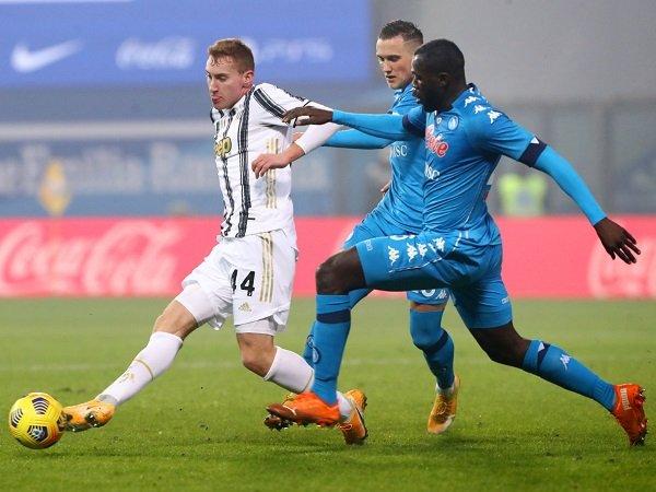 Juventus melawat ke kandang Napoli untuk laga lanjutan Serie A.