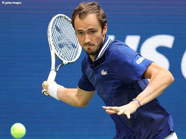 Daniil Medvedev pupuskan harapan Felix Auger Aliassime di semifinal US Open 2021