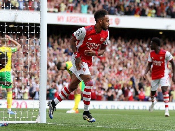Pierre-Emerick Aubameyang memastikan kemenangan Arsenal atas Norwich City