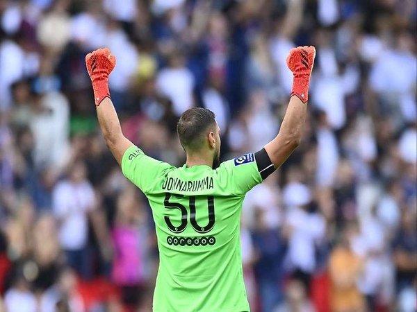 Usai menjalani debut bersama Paris Saint-Germain, Gianluigi Donnarumma mengaku sudah tak mau lagi membahas kenangan masa lalunya bersama AC Milan / via Reuters