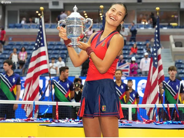 Emma Raducanu bertahta di US Open 2021 sebagai qualifier