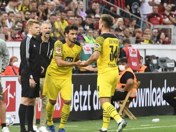 Mats Hummels jadi pemain kelima Borussia Dortmund yang tampil dalam 400 kali laga