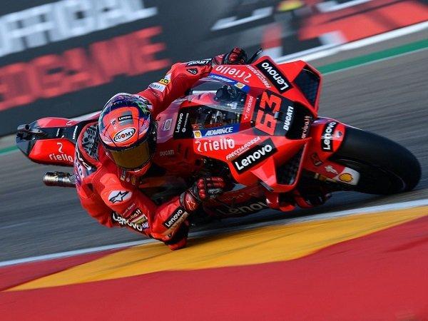 Valentino Rossi berharap supaya Francesco Bagnaia bisa pecah telur di GP Aragon.