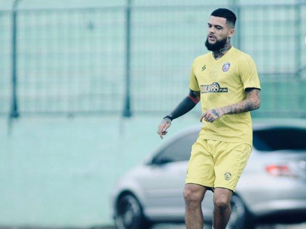 Diego Michiels siap perkuat lini pertahanan Arema FC di pekan ketiga
