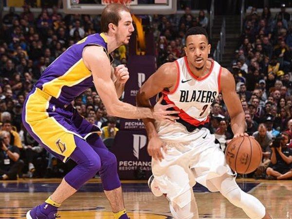 Shooting guard Portland Trail Blazers, CJ McCollum saat melawan Los Angeles Lakers.