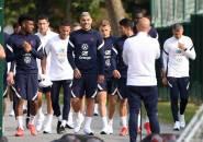 Jauhkan Dari PSG, Milan Siap Naikkan Gaji Theo Hernandez Tiga Kali Lipat