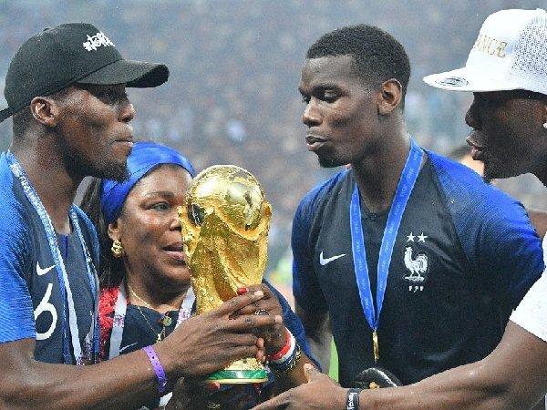 Paul Pogba belum putuskan apakah akan bertahan di Manchester United atau tidak