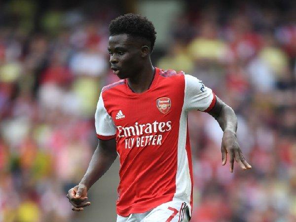 Arsenal tidak mau kehilangan Bukayo Saka