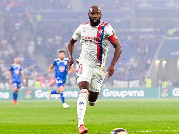 Dembele Peringatkan Lyon Tentang Atmosfer di Markas Rangers