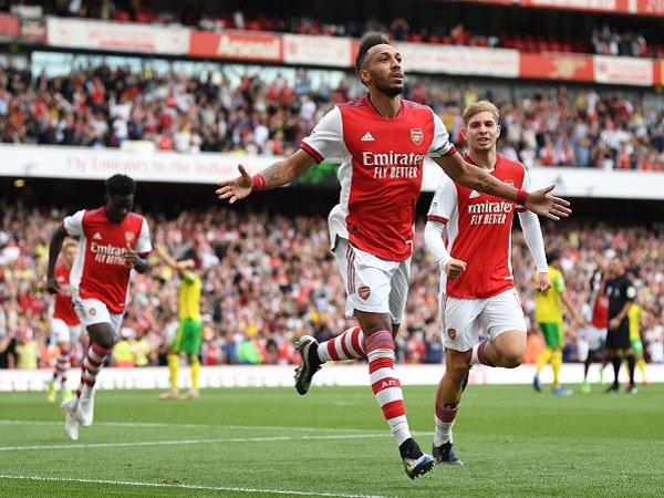 Arsenal berhadapan dengan Burnley pada pekan kelima Premier League.