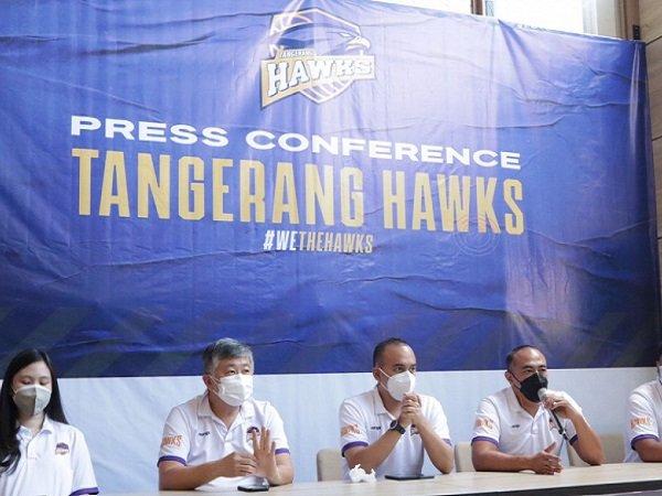 Tangerang Hawks saat melakukan konferensi pers. (Images: IBL)