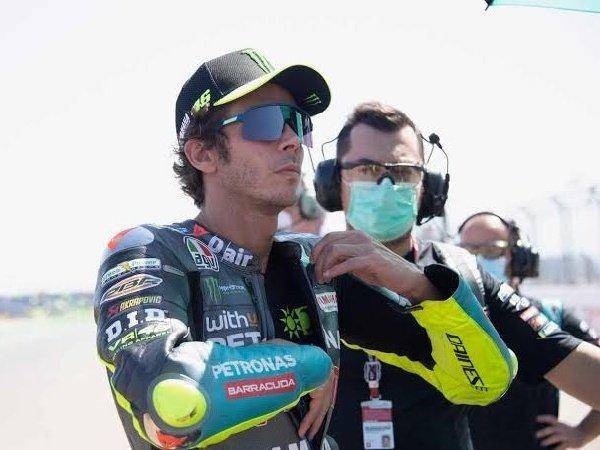 Valentino Rossi senang bisa bekerjasama dalam satu tim dengan Dovizioso.