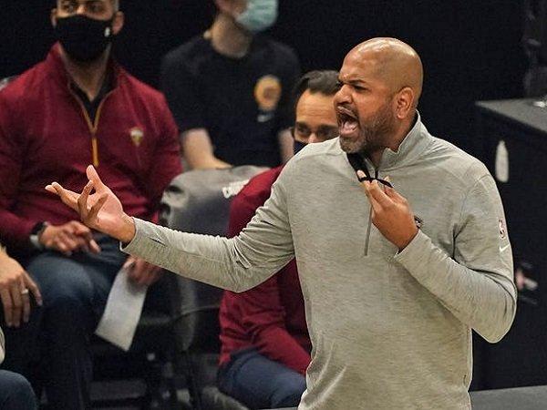 JB Bickerstaff sadar bahwa situasi ruang ganti bakal jadi tantangan besar Cavaliers musim depan.