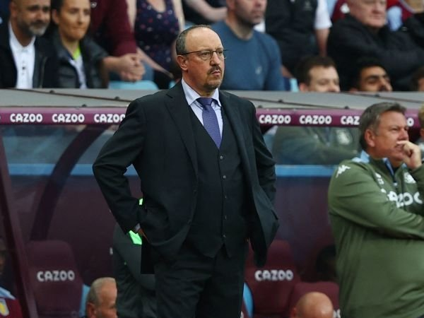 Everton Dibantai Aston Villa, Benitez: Kami Masih Dalam Proses