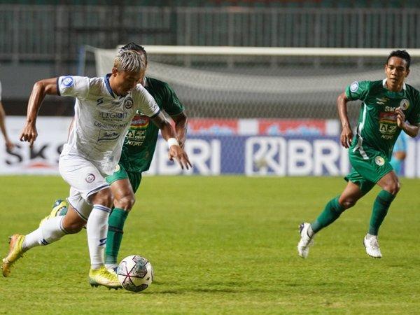 Laga Arema FC kontra PSS Sleman